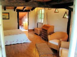 chambre d hote st sur nivelle chambres d hôtes uxondoa chambres et suites familiales pée
