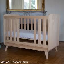 chambre bébé bois naturel le lit bébé vogue de zinezoé