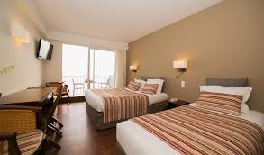 chambre d hotel pour 5 personnes chambres familiales de l hôtel de la plage pour 3 4 ou 5