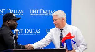Unt Faculty Help Desk by Unt Dallas Celebrates Chief Jaynes At Retirement Reception Unt