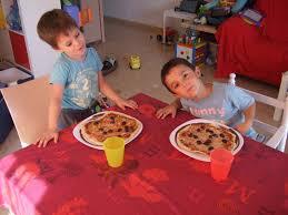 atelier cuisine pour enfant le de lucas alex josh atelier cuisine pour enfants la pizza