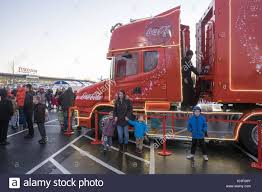 Llansamlet, Swansea, UK.16th Nov, 2017. Coca-Cola Christmas Truck ... Cacola Christmas Truck Verve Fileweihnachtstruckjpg Wikimedia Commons Coca Cola 542114 Walldevil Holidays Are Coming Truck Visiting Clacton Politician Wants To Ban From Handing Out Free Drinks At In Ldon Kalpachev Otography Tour Brnemouthcom Llanelli The Herald Llansamlet Swansea Uk16th Nov 2017 With Led Lights 143 Scale Hobbies And Returns Despite Protests
