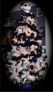 Nightmare Before Christmas Halloween Decorations Ideas by 25 Best Ideas About Nightmare Before Christmas Tree On Pinterest