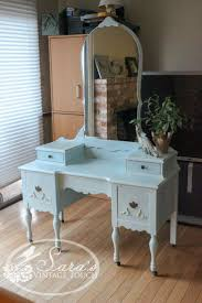 Double Sink Vanity With Dressing Table by Best 25 Antique Makeup Vanities Ideas On Pinterest Vintage