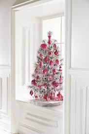 Evergleam Aluminum Christmas Tree Instructions by Best 25 White Bedrooms Ideas On Pinterest White Bedroom White