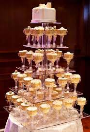Cool Wedding Cupcake Display 2