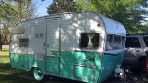 100 Restored Retro Campers For Sale Vintage Camper Business Takes Off In Nashville