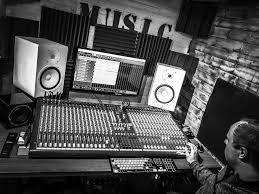 LAR Music Studio Cornwall Photo 4