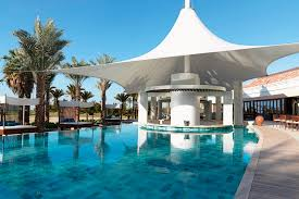 100 Water Hotel Dubai S Best Swimup Bars Rooftop Pools And Pool Day Packages