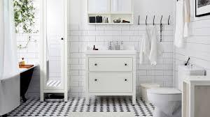 dossier le carrelage dans la salle de bains