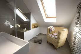 dachausbau mit badezimmer badsanierung badezimmer bäder