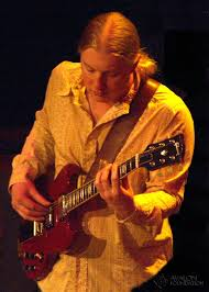 Derek Trucks | Shows | Pinterest | Derek Trucks, Tedeschi Trucks And ... Derek Trucks The Allman Brothers Band Performing At The Seminole 24 Years Ago 13yearold Opens For Brizz Chats With Of Review Tedeschi Jams Familystyle Meadow Brook Needle And Damage Done Gregg Warren Haynes Signed Autograph Electric Guitar Core Relix Media To Exit