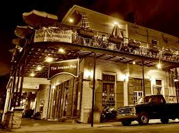 Welcome To New Orleans: 10 Of The Best Spots In The Big Easy ... Mapping New Orleanss Best Hotel Pools Qc Hotel Bar Orleans Boutique Live It Feel The 38 Essential Restaurants Fall 2017 14 Cocktail Bars Best 25 Orleans Bars Ideas On Pinterest French Quarter Southern Decadence Gay Mardi Gras Years Eve Top 10 And Restaurants In Vitravels Arnauds 75 Cocktails Guide Nolacom Flatiron Cluding Raines Law Room The Nomad