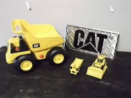 Lot Of Caterpillar Toys (Dump Truck [Works], Small Toys) - Bodnarus ... Cat Big Rev Up Machine Dump Truck Toy At Mighty Ape Nz Tough Tracks Cstruction Crew Sand Set Amazoncom State Caterpillar Takeapart Trucks Express Train With Machines Toys 36 Piece Kids Shaped Floor Puzzle Nr16n Reach Yellow Norscot 55242 125 Scale Luxurious Cat Cement For Sale 15 Remote Control Toystate Job Site By Revup Vintage Ls Buy Mini Cars Of