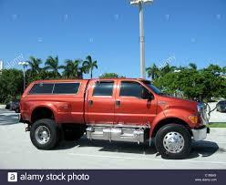 100 Truck Suv Giant Ford Suv Truck Stock Photo 35546866 Alamy