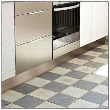 led pour cuisine plinthe de cuisine inox plinthe de cuisine blanc graphic l 270 x h