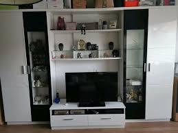 wohnwand wohnzimmerschrank schwarz weiß hochglanz