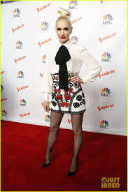 Carson Daly Halloween Gwen Stefani by Adam Levine U0026 Gwen Stefani Take Virtual Trip In New U0027the Voice