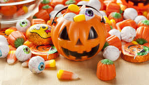 Best Halloween Candy Ever by Tricks And Treats For Your Dog U0027s Best Halloween Ever U2014 Tully U0027s