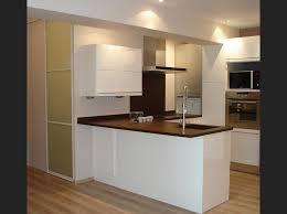 cuisine marron et blanc cuisine equipee blanc laque 6 petit cuisine 233quip233e blanche