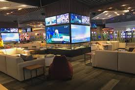 A Look At The Newest Las Vegas Sportsbook, From A Food Truck To Fan ...