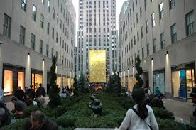 Rockefeller Center Christmas Tree Fun Facts by Spending A Day In Midtown Manhattan For Under 30 Full Time Explorer