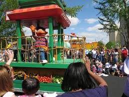 Sesame Place Halloween Parade by Sunny Days At Sesame Place Mama U0027s Little Helper