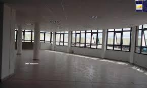 bureau locaux locaux a louer a andraharo réf la 70269 antananarivo location bureau