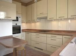 cuisine beige et taupe quel couleur de cuisine avec un sol beige meilleur idées de