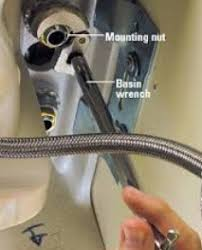 Moen Extensa Faucet Loose At Base by Tightening A Moen Faucet Lock Nut Home Improvement Stack Exchange