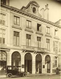 siège de la société générale nos agences bancaires témoins de l histoire de l automobile