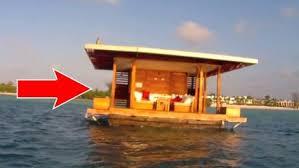 chalet sur l eau cette cabane construite au milieu de l eau cache un secret