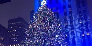 Rockefeller Christmas Tree Lighting 2016 by The Rockefeller Center Christmas Tree Lights Up