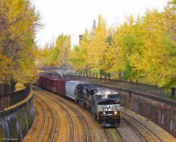 Halloween Express Milwaukee Pumpkin by Halloween Train Rides 2017 Schedule