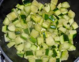 comment cuisiner des courgettes cuisiner des courgettes rondes 1 comment cuisiner les courgettes