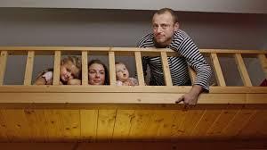 zusammenrücken wie familienleben auf kleinster fläche klappt