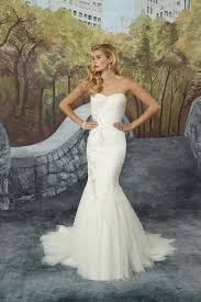 8917 wedding dress from justin alexander hitched co uk