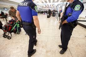 menace terroriste l aéroport de ève supprime les badges