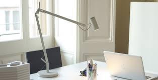 le de bureau design led les de bureau led pour la maison ou le travail dmlights