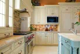 Simple And Elegant Decorating Ideas Kitchens With White Kitchen Cabinets Modern Oven Decor