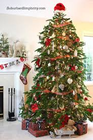 How To Decorate An Elegant And Rustic Christmas Tree 5