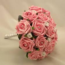 Beuatiful Tropical Wedding Flowers Bouquets Combined With Lovely Pink Roses And Sparkling Crystals Beads Also White Ribbon For