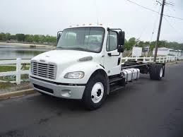 FREIGHTLINER Cab Chassis Trucks For Sale - Truck 'N Trailer Magazine Mighty Rigz Freightliner Tow Truck Play Set Wwwkotulascom Free F650 Or Freightliner Sportchassis Pros Cons Page 5 Salvage Pickup Trucks For Sale In California Staggering 2016 Sportchassis P4xl F141 Kissimmee 2017 2018freightlinscadiasemictortrailer The Fast Lane New Sportchassis Shipments Hull Truth For Salefreightlinerm2 Extra Cab Lmd 512tfullerton Ups Ordering 400 Cng Trucks From Kenworth Medium 2019 Volvo Dump Elegant 2004 Strut Business Class M2 Grille Semi