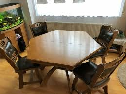esszimmer tisch 6 eckig sehr gut erhalten inkl 6 stühle