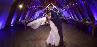 New Jersey Barn Wedding - The Barn At Perona Farms The Loft At Jacks Barn Oxford Nj Frungillo Caters Conservatory The Sussex County Fairgrounds Augusta Best Outdoor Wedding Venues In Austin Perona Farms A Rustic New Jersey Wedding Venue Liberty Venue Cape May Rustic Country Sycamore Luxury Event Tinkered Tasures Fis New Book Prairiestyle Weddings Parsonage Weddings Get Prices For Bonnie Wireback Otography Private Event 40 Elegant European Outdoors Eclectic Unique