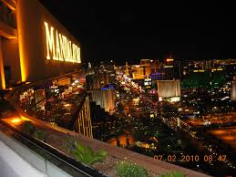 Mandalay Bay Experience   Las Vegas Deals Information Aureole Mandalay Bay Rx Boiler Room Buddha Statue At The Foundation Vhp Burger Bar Skyfall Lounge Delano Las Vegas Red Square Restaurant Vodka Rick Moonens Rm Seafood Fine Ding Resort And Casino Revngocom Time Out Events Acvities Things To Do Hotel White Marble Top Table Tag Bar With Marble Top Eater