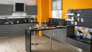 cuisine grise et plan de travail noir ordinaire cuisine grise avec plan de travail noir 8 cuisine