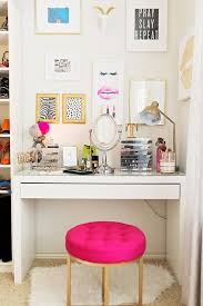 Best 25 Vanity Table Organization Ideas On Pinterest