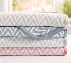 Cable Knit Throw Pottery Barn by Pottery Barn Blankets 7 500 Photo Blanket
