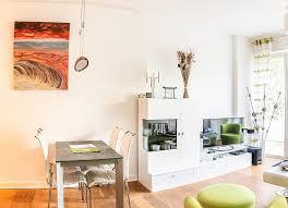 wohnzimmer tabelle kabinett fernseher wohnung zimmer